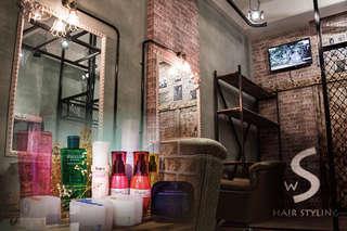 只要388元起,即可享有【S Hair Styling】A.G.GLORIA極致蒂聖絲系列洗剪護專案 / B.G.GLORIA閃耀潤澤溫塑/離子燙髮 二選一專案