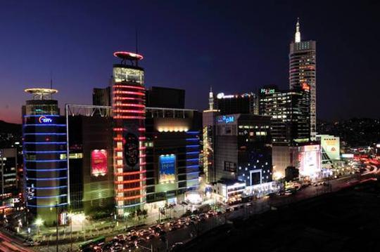 (晚餐於机上享用美味餐点) 仁川跨海大桥   前往酒店的途中会经过
