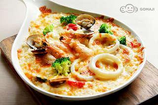 義大利麵、火鍋、炸物各式美味任君選!【Tomato Pasta】滿滿新鮮海味與濃郁奶香完美交織,鹹香起司伴隨鬆軟米飯超夠味!