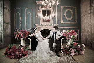 只要1280元起,即可享有【台北巴黎婚紗】A.甜蜜雙人攝影組/B.幸福全家攝影組〈含八組影像檔(光碟一片)   精緻相框 三選一   寫真照片一張   整體造型妝髮二款(禮服一套 便服一套)〉