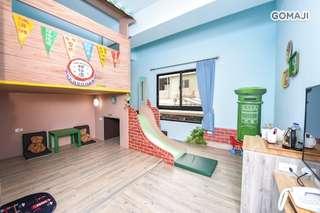 【台南-傑克堡親子旅館】走進繽紛城堡,給您童話故事般夢幻的親子假期!獨特而富美感的裝潢,房內設有溜滑梯、球池,讓您與寶貝們盡享歡樂時光!