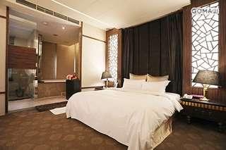 只要1850元,即可享有【台北-友徠精品汽車旅館 Uline Motel(原蒂堡)】雙人住宿專案〈含時尚客房雙人住宿一晚 + 早餐二客 + 專屬車庫〉