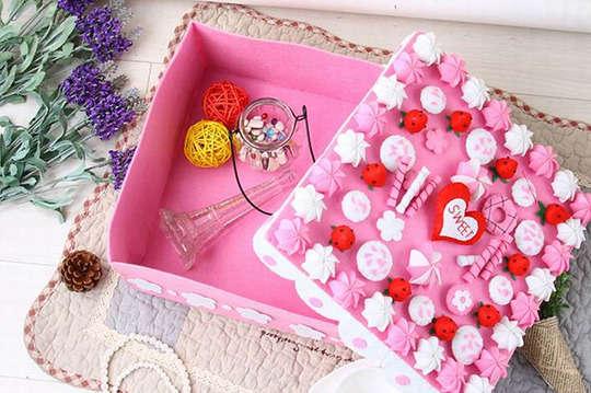 GOMAJI夠麻吉 - 只要229元起(免運費),即可享有DIY不織布免剪刀手工材料包〈一組/二組/四組,款式可選:A款(橘子蛋糕/草莓蛋糕/巧克力蛋糕/草莓巧克力蛋糕)/B款(草莓蛋糕收納盒/巧克力蛋糕收納盒/海底世界月曆/雪之屋月曆/海底世界時鐘)〉