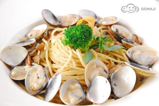有下午茶、简餐美食等创意料理的复合式餐饮店,提供多元化的高清图片