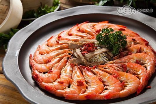 海鲜美食餐厅】占尽天时地利人和的优势,每天从彰化线西蚵寮渔港新鲜