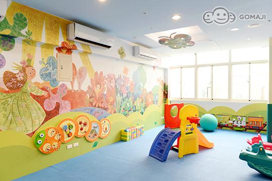 幼儿爬行区,亲子涂鸦墙,摇摇马