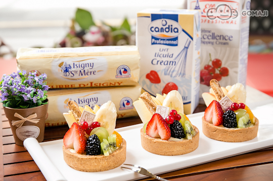 queen house法式手工甜点选用国外进口的高级原物料食材制作