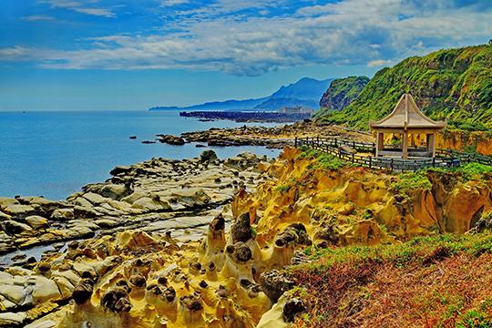 在 1989 年才开放为风景区,因此 和平岛海角乐园的美,欢迎您亲身来