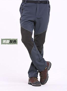 散腿运动裤搭配