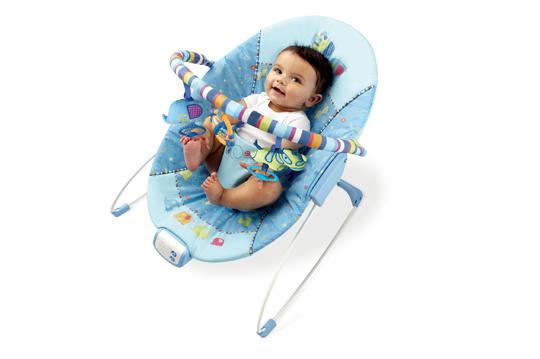 商品規格 美國 KidsII 遊戲地墊-森林系列 產地:中國 尺寸:60.96 X 23.11 X 54.1cm 材質/型號:塑膠、布料 / KI09279 顏色/款式:彩色 / 遊戲地墊 重量/規格:1.41KG / 單台裝 商品保固:半年 注意事項:請參考包裝說明 1.面積大的遊戲墊,讓寶寶有地方可以悠閒休憩。 2.