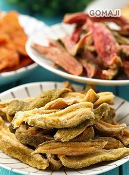 杨桃/木瓜/金     从选果,洗净,去皮,切片,腌制,包装一手包办,手工