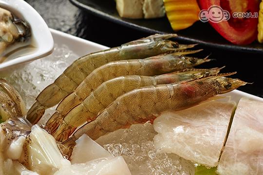 烤羊肉串,海鲜拼盘