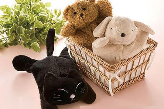 系设计的动物抱枕,没有炫丽的外表,却有著让人一看就微笑的超高疗愈力